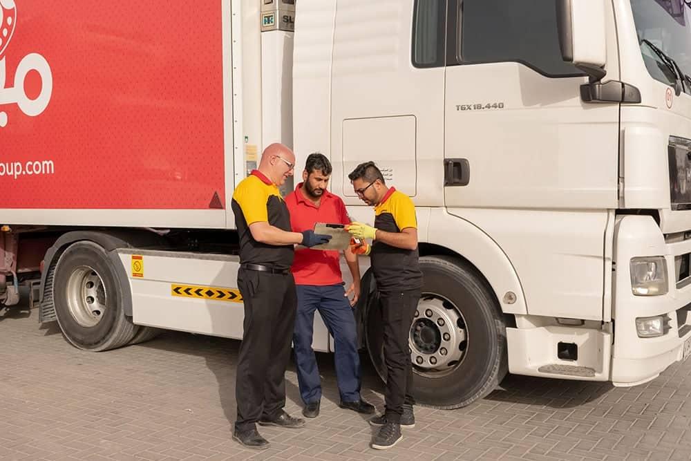 Coordinating with tyre fleet customers